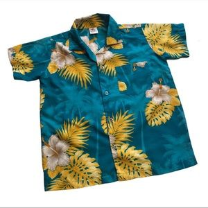 🧚♀4/$25 HAWAIAN Shirt Size Large (*Size 6-7)